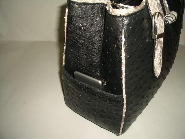 サイドポケットは、とても便利!